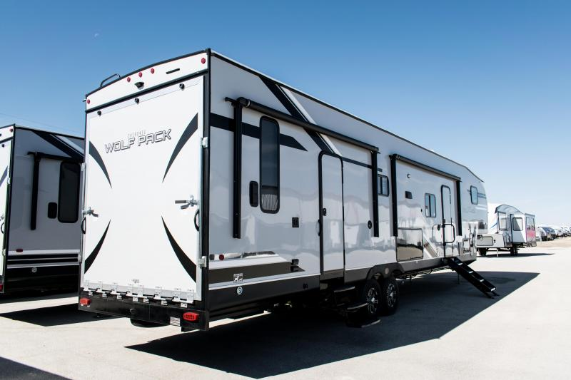 2020 Wolf Pack Limited 365PACK16 5th Wheel Toy Hauler