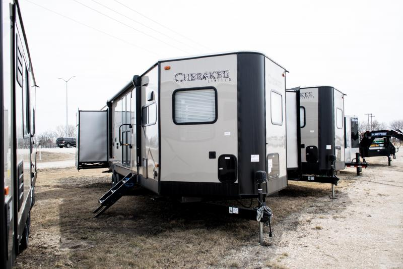 2019 Cherokee Limited 304VFK Travel Trailer