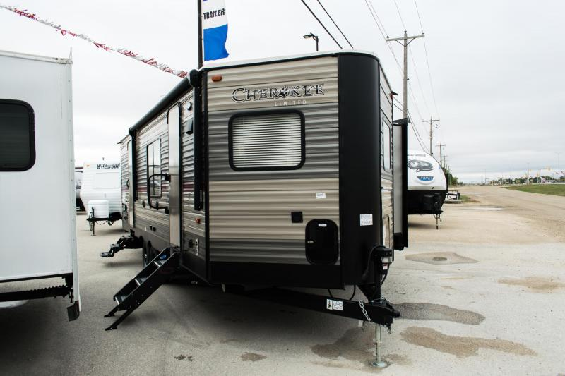 *DEAL OF THE WEEK - Jan 14th - 19th* 2019 Cherokee Trailers 234VFK Travel Trailer