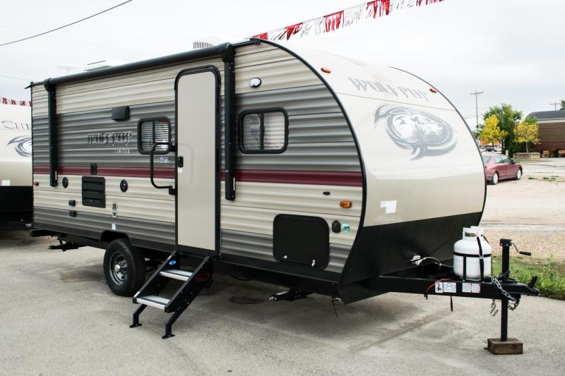 2019 Wolf Pup 18TO Travel Trailer with Slide-Out
