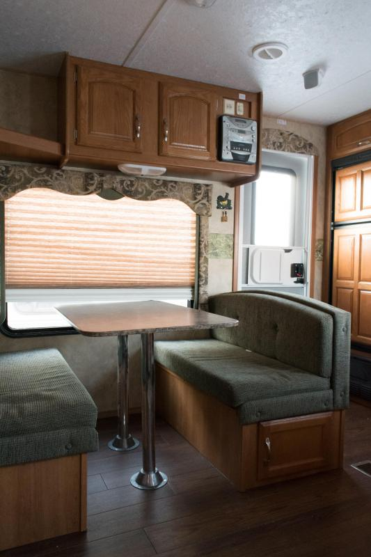 2007 Keystone RV Cougar 243RKS Travel Trailer RV