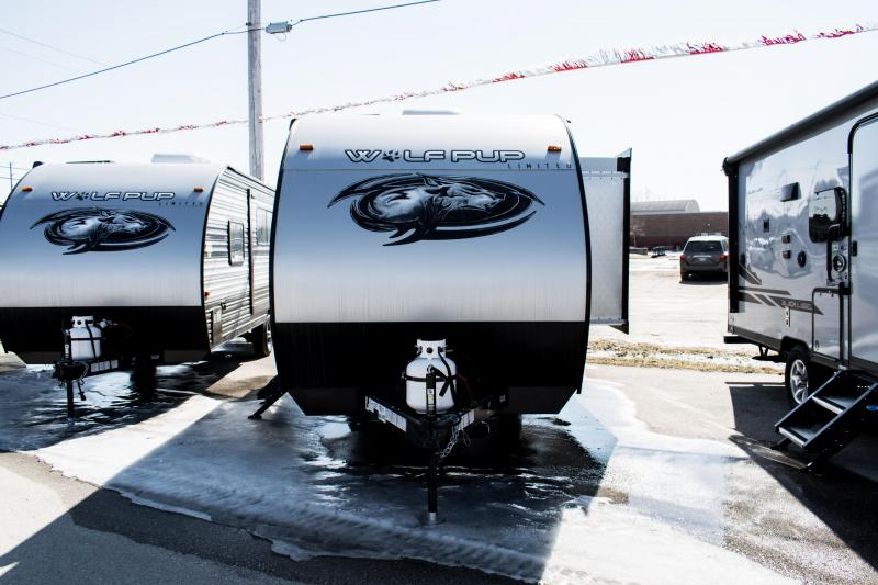 2020 Wolf Pup Limited 18TO Travel Trailer with Slide-Out