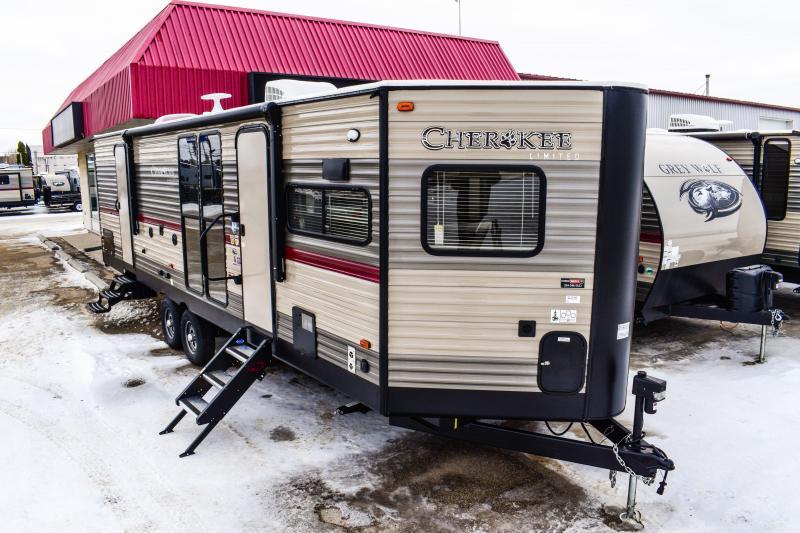 2018 Cherokee Limited 274VFK Travel Trailer