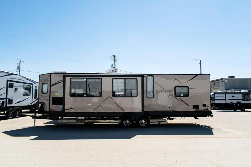 2019 Cherokee Limited 274VFK Front Kitchen Couples Travel Trailer