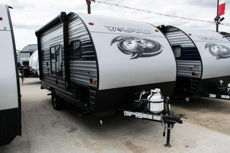 2020 Wolf Pup Limited 14CC Small Light Travel Trailer RV