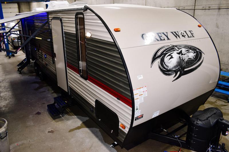 2018 Cherokee Grey Wolf Limited 29TE Travel Trailer