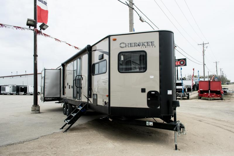2019 Cherokee Limited 304VFK Front Kitchen Couples Travel Trailer