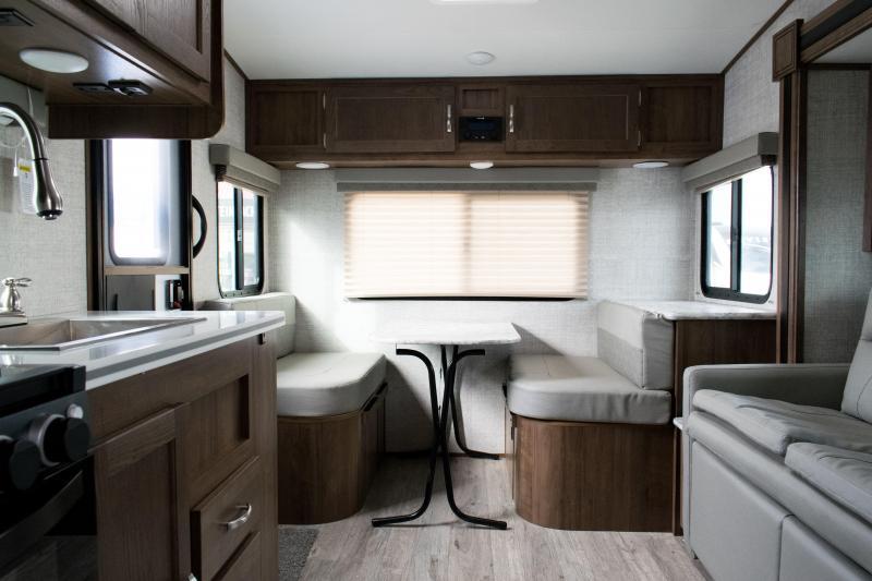 2021 Gulf Stream Vista Cruiser 23RSS Travel Trailer RV