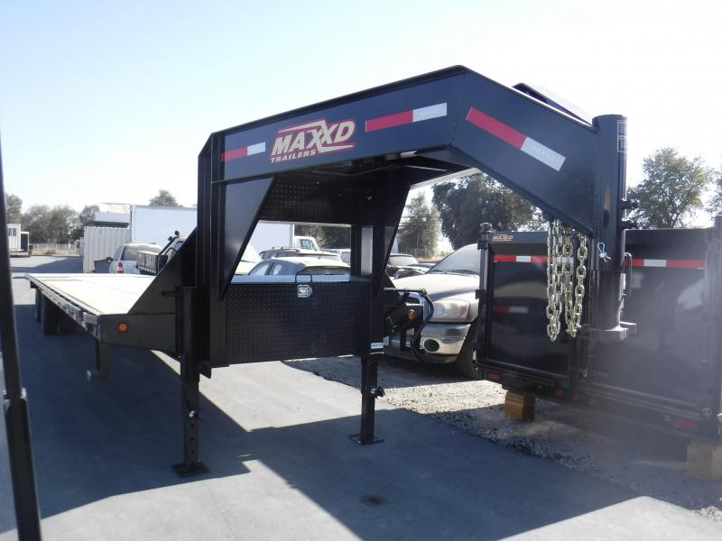 2018 Maxxd Trailers HYDRAULIC DOVETAIL Equipment Trailer