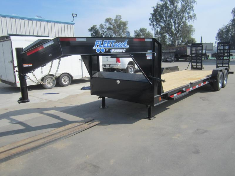 2016 Diamond C Trailers 19LPXL24X82 EQUIPMENT Flatbed Trailer