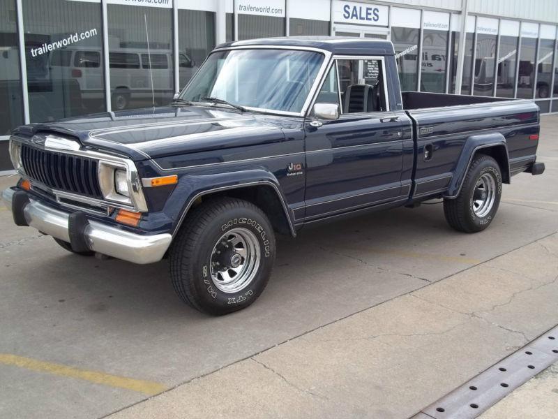 1983 Jeep J10 Laredo
