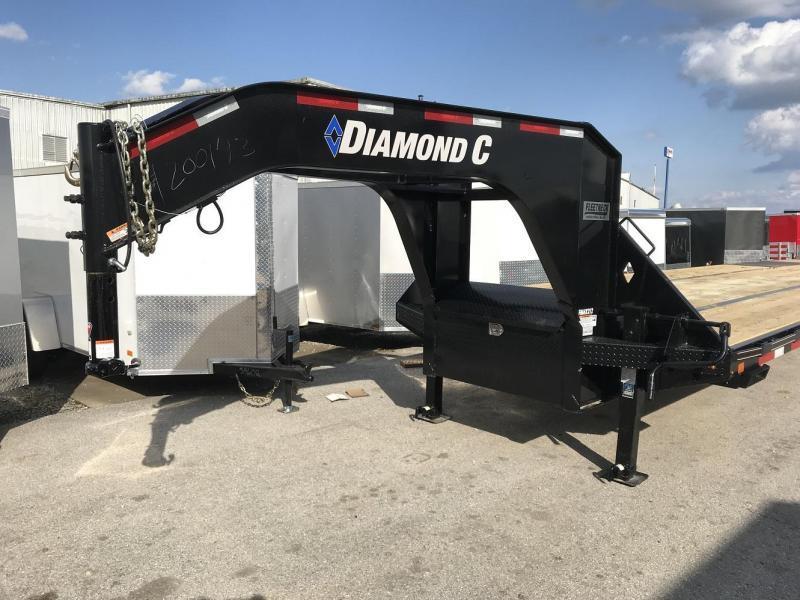 2018 Diamond C FMAX212 35