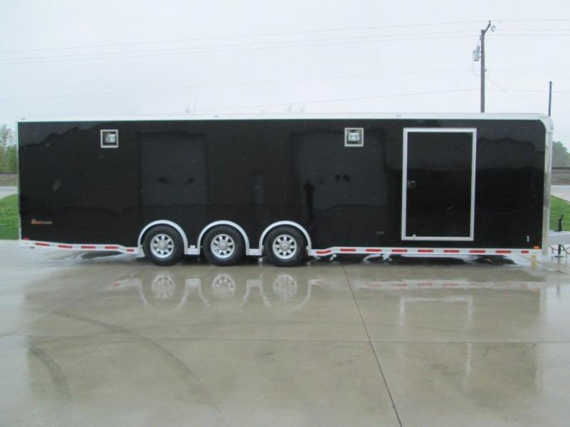 2014 inTech Trailers iCon 32' All Aluminum Racing Trailer
