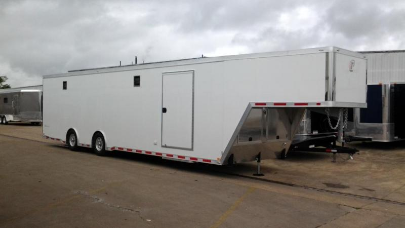 2014 inTech Trailers 40' iCon Package Racing Trailer