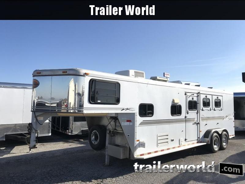 2001 Sundowner Living Quarters 3 Horse Trailer