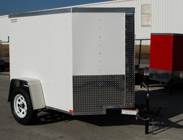 2015 Lark 5' x 8' x 5' Vnose Enclosed Cargo Trailer