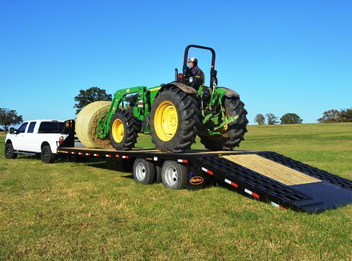 2016 Big Tex 22GN 35' Gooseneck Flatbed Hydraulic Dovetail Trailer