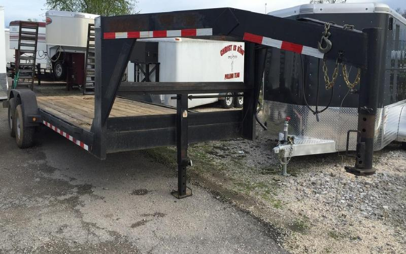 2007 TLC 20' Gooseneck Equipment Trailer