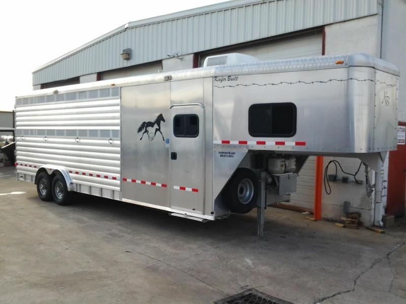2005 Kiefer Built 4 Horse Slant 8' Tall Trailer