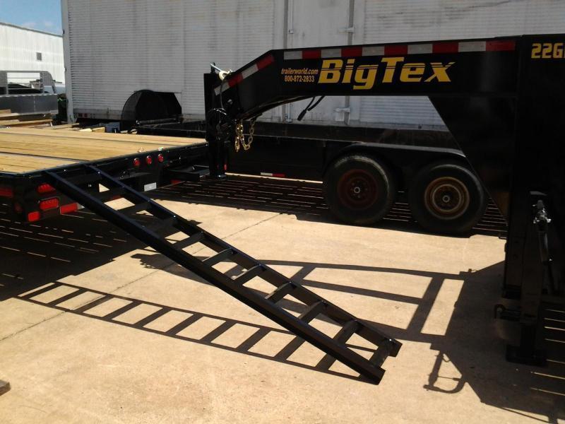 2017 Big Tex 22GN-32