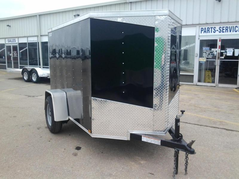 2015 Lark 5' x 8' Vnose Enclosed Cargo Trailer w/ Ramp Door