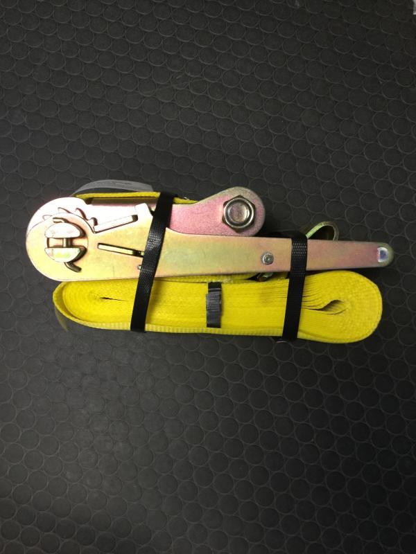 "4""x30' Ratchet with flat hooks"