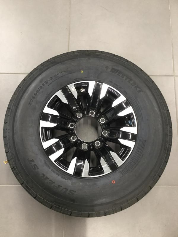 "16"" 8 Lug Tiger w/ 235 West Lakes"