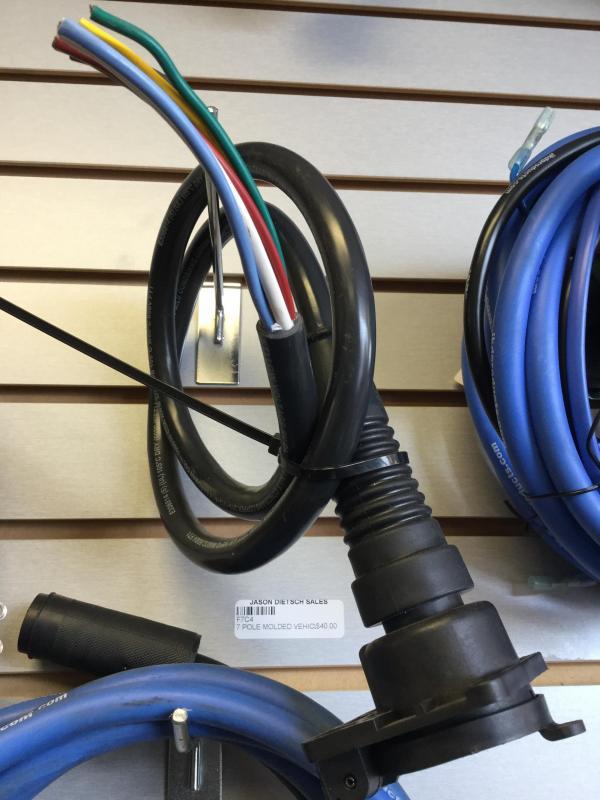 7 Pole Molded Vehcle Plug