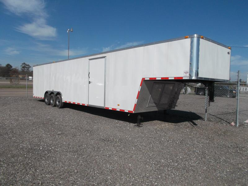2015 Covered Wagon Trailers 8.5X42 Enclosed Gooseneck Cargo Trailer