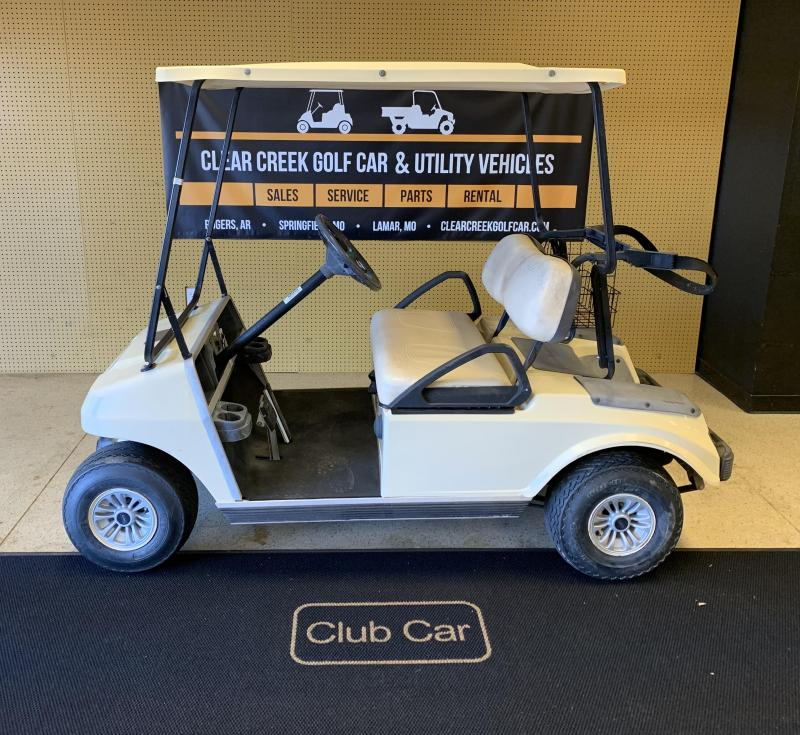 2005 Club Car DS Golf Cart