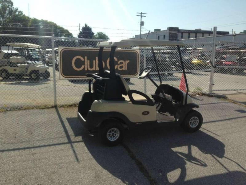2011 Club Car Precedent i2 Gas
