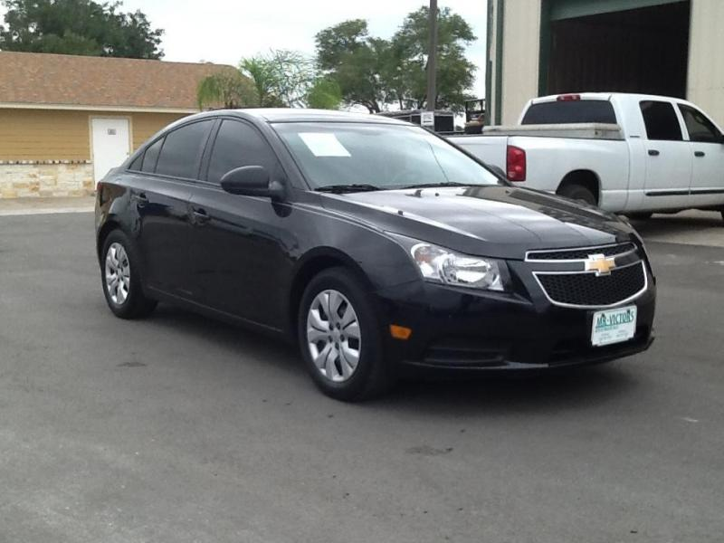 2014 Chevrolet Cruz Car