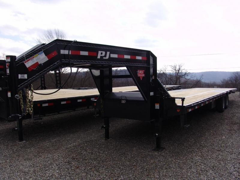 2015 PJ LY 32' w/ Hydraulic Dove Flatbed Trailer