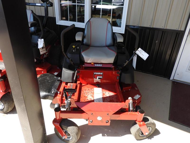 "2018 Ferris Mowers 400S B&S Commercial Series 48"" cut"