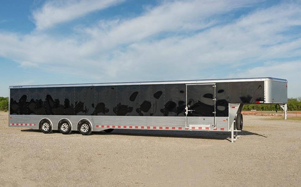 Sundowner XTRA Series Transporter Gooseneck