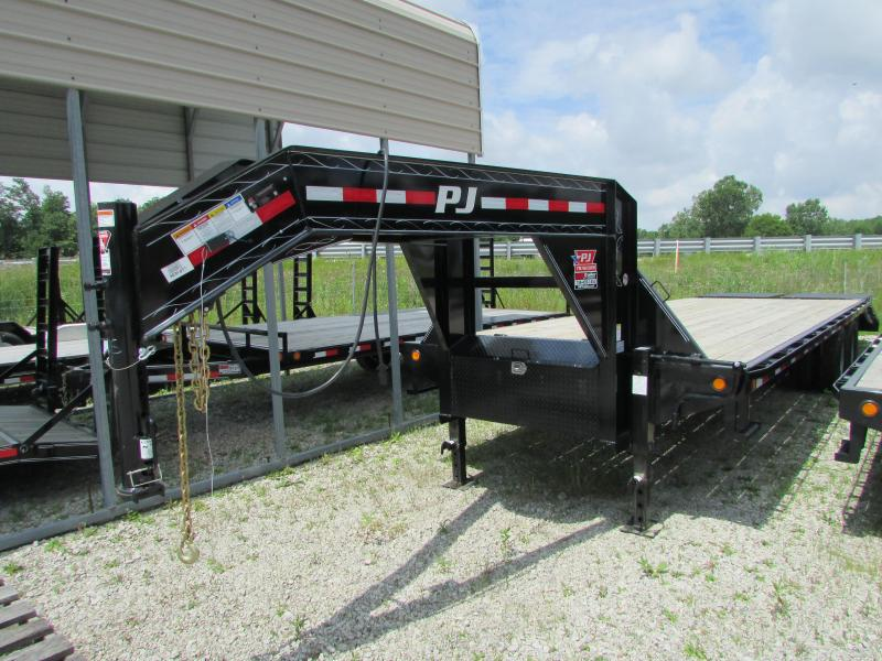 2019 PJ Trailers 28 ft Low Profile Gooseneck Equipment Trailer
