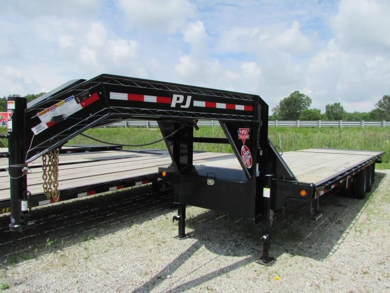 2019 PJ Trailers 30 ft Hydraulic Dovetail Gooseneck Equipment Trailer