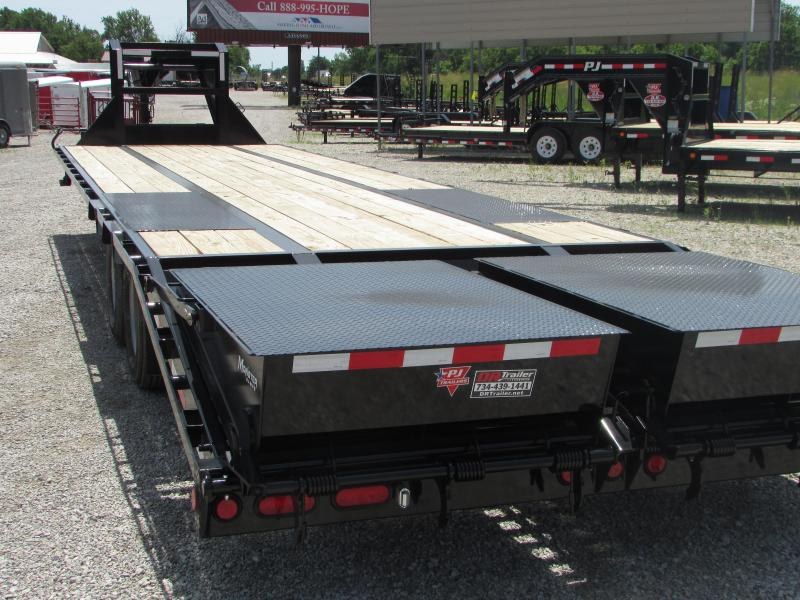 2019 PJ Trailers 32 FT Gooseneck Deckover Low Pro Flatbed Trailer