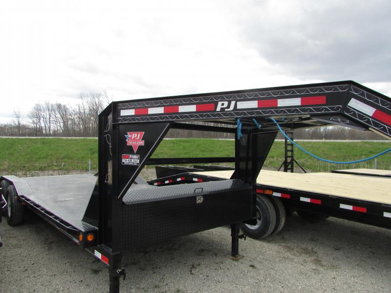 2018 PJ Trailers 22 Super Wide Gooseneck Demo Equipment Trailer