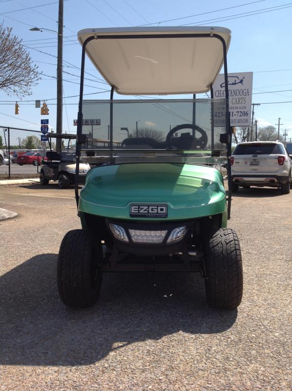 2016 E-Z-GO Gas Golf Cart