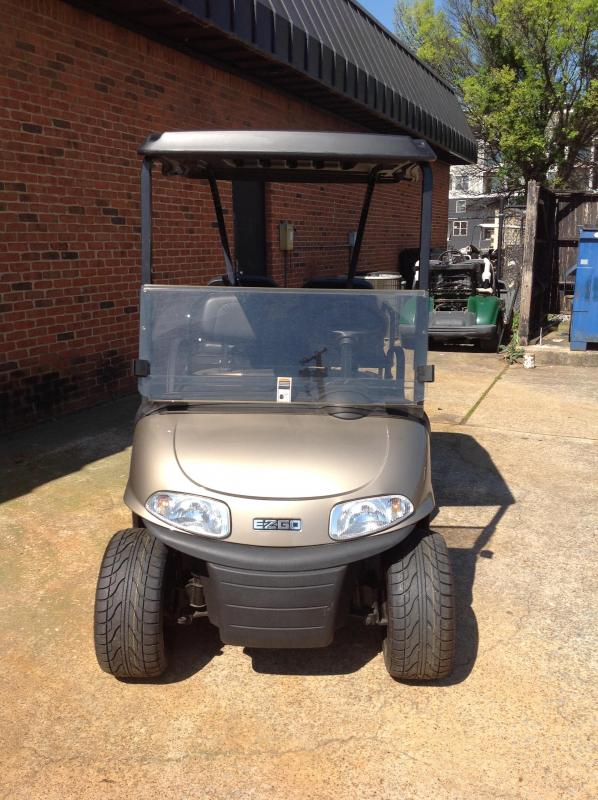 2016 E-Z-GO Freedom RXV Golf Cart