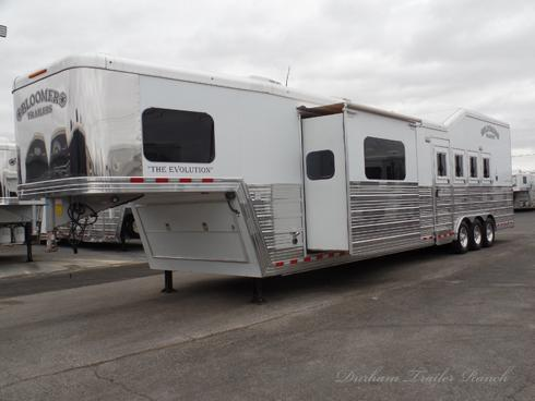 2016 Bloomer 4H PC Load 16.5ft SW 6ft Slide Horse Trailer