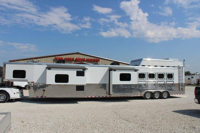 2017 Sundowner 4 horse with 27