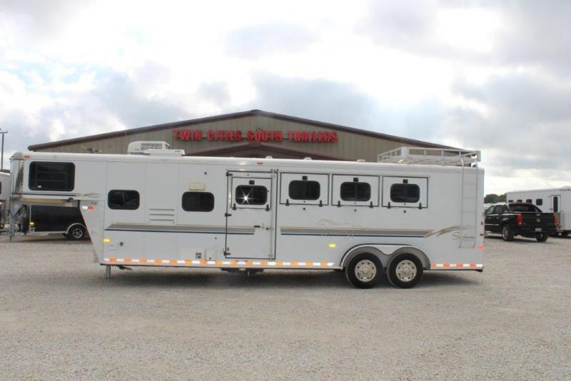 2000 Sundowner 4 horse with 7' Living Quarter