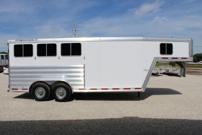 2018 Featherlite 3 Horse Trailer