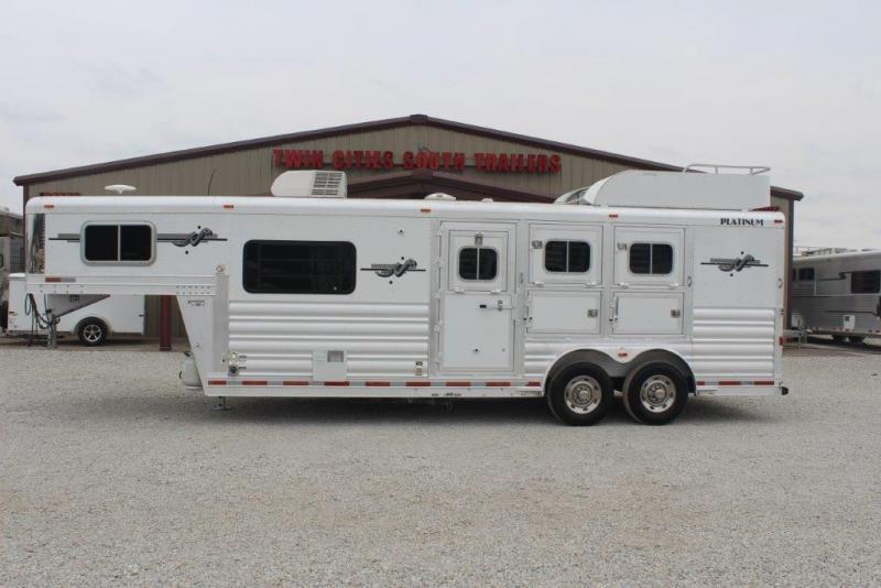 2008 Platinum 3 horse with 8