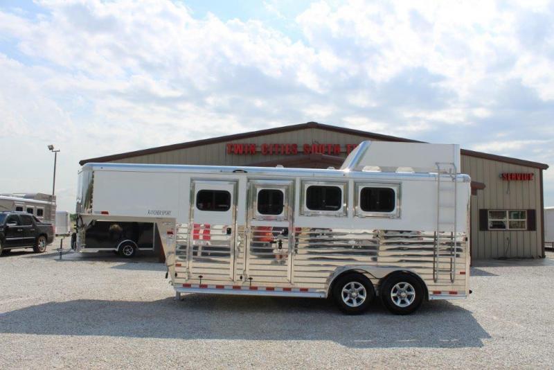 2017 Sundowner Trailers Rancher Sport Horse Trailer