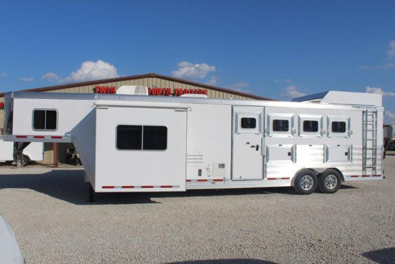 2018 Featherlite 4H Trailer w/ LQ
