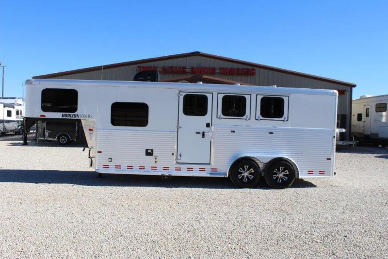 2016 Sundowner 3 horse with 6