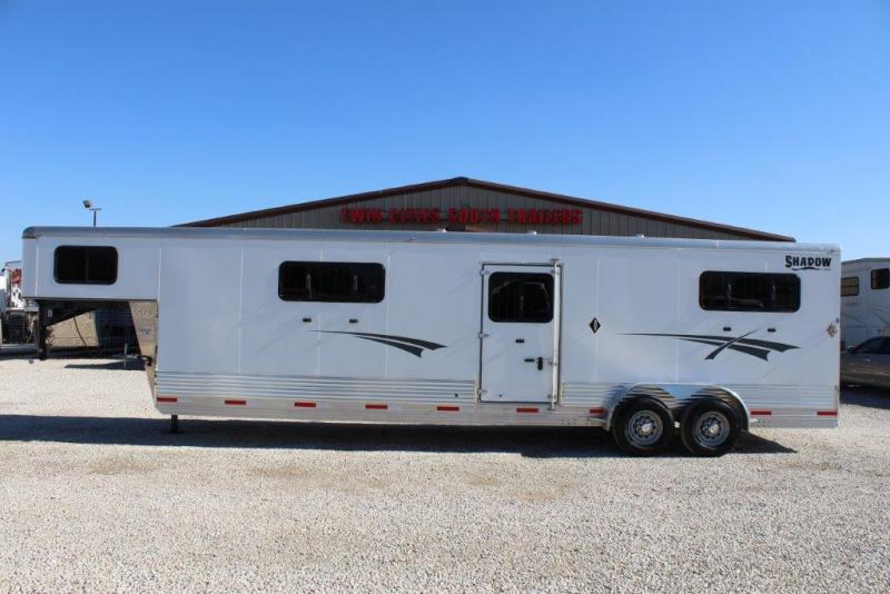 2015 Shadow 4 horse Trailer Head to Head
